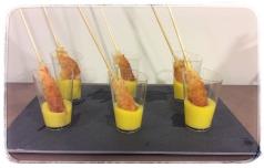 Langostinos con crujiente de panko en salsa de mango